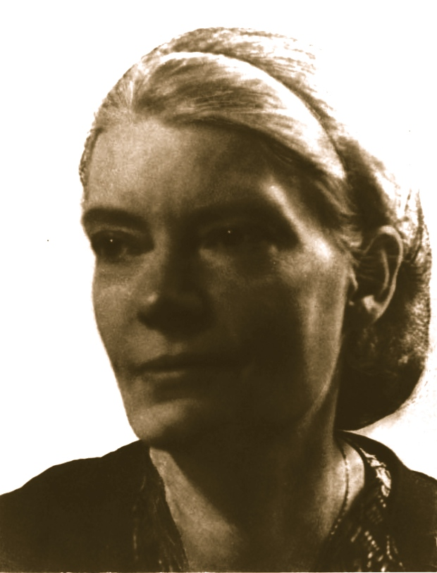 dorothy day essays Below is an essay on dorothy day from anti essays, your source for research papers, essays, and term paper examples dorothy day, the author of loaves and fishes was not always a catholic, but instead she was raised as a nominal episcopalian christian.